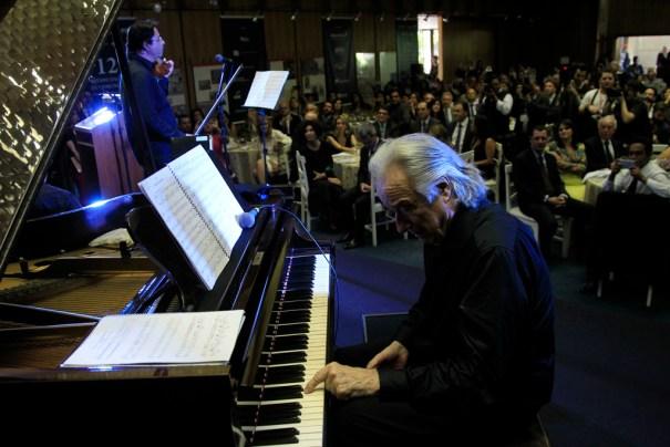 Maestro João Carlos Martins no 12º Prêmio Engenho de Comunicação