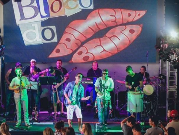 Banda Primeiro Beijo se apresenta neste sábado (30) no bar Zero61, no Shopping Pier 21 (Foto: Divulgação)