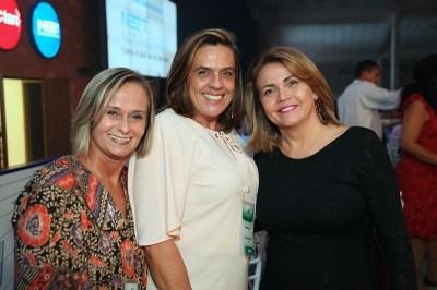 Christiana Paranhos, Regina Vieria e Jaíra Vasconcelos. Crédito: Cidu Okubo