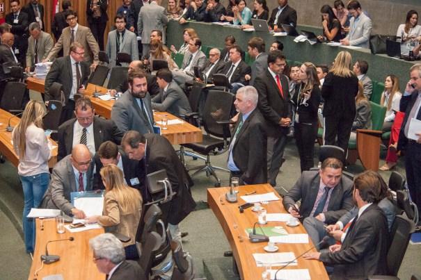 Câmara Legislativa aprova aumento de IPTU e o orçamento para 2017 - Foto: CLDF
