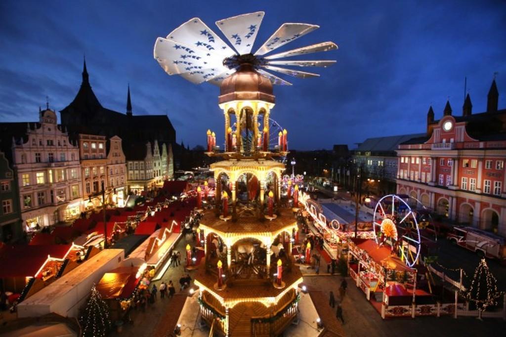 Mercado De Navidad En Rostock Guia De Alemania