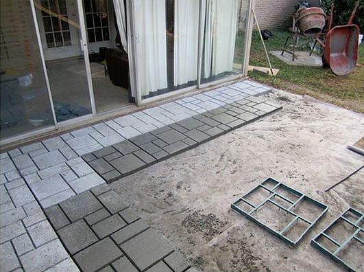 Soluzioni per la pavimentazione di una zona del prato guida
