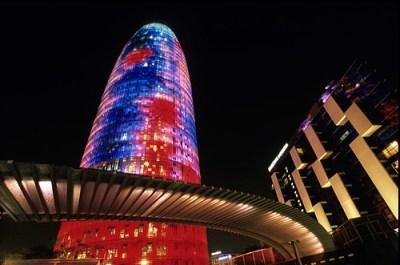 La Torre Agbar de Barcelona - torre_agbar_-300x199