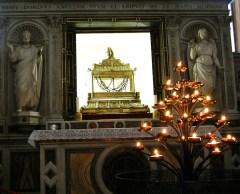San Pietro in Vincoli - Roma-cadenas-de-San-Pedro-a238932081-300x243