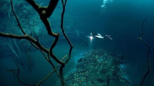 ¿Río debajo del mar? ¿Es posible? Sí en México - un-rio-bajo-el-fondo1