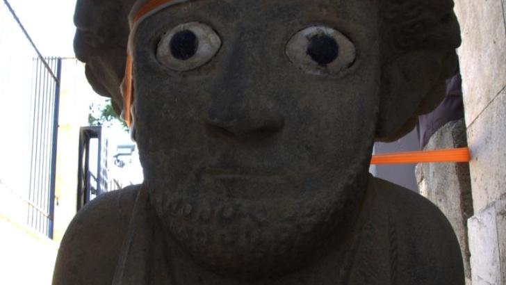 Nueva escultura humana de gran tamaño en Turquía
