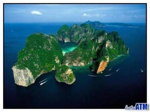 Koh Phi Phi, la ficción se inspira a veces en la realidad - koh-phi-phi-4-300x225
