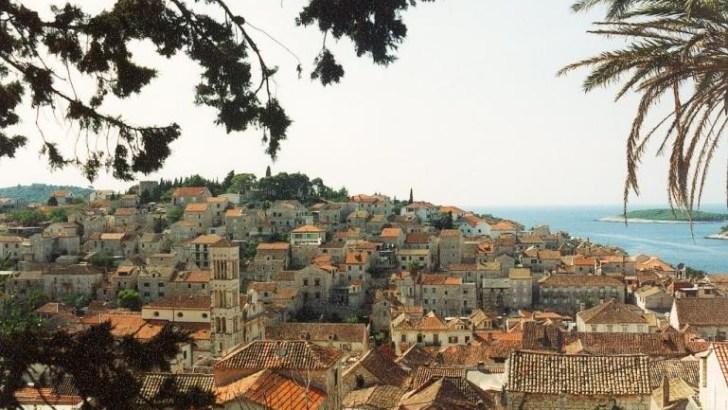 HVAR, la isla perfumada del Adriático