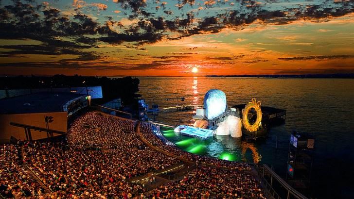Ópera y espectáculo sobre el lago Constanza