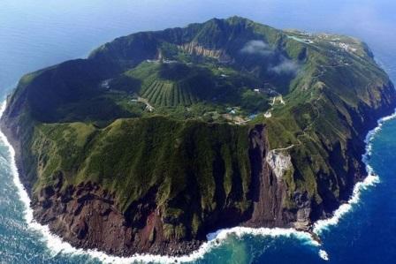 Aogashima (Japón), la isla de los valientes