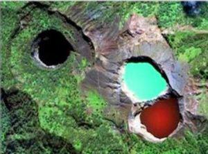 Kelimutu, el volcán y sus tres lagos. - Lagos-hace-50-años-300x222