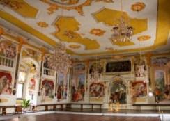 Cesky Krumlov, el tesoro del río Moldava - Sala-de-fiestas-del-Castillo-de-Cesky-Krumlov-300x214