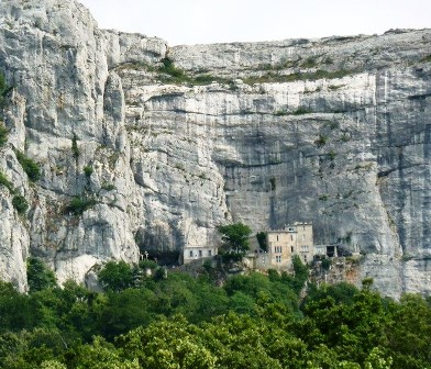 Refugiarse del calor en el bosque místico de Sainte- Baume