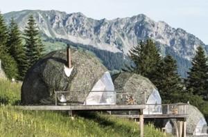 Glamping o acampadas para sibaritas - camping_Whitepod-300x198