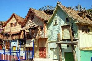 Aldea de Popeye, próximo destino - Edificios-Popeye-Village-300x201