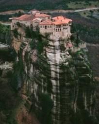 Los monasterios de Meteora (Grecia) - Meteora-2-240x300