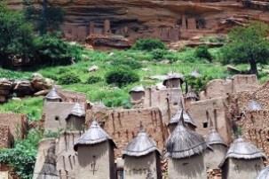 Los acantilados de Bandiagara - Viviendas-dogon-300x200
