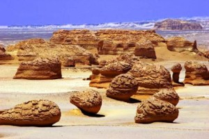 El valle de las ballenas - valley-of-the-whales-_-wadi-al-_-hitan_454430-300x200