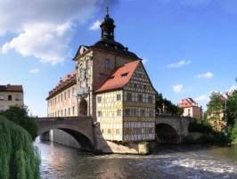 Bamberg (Alemania) - Bamberg-altes-rathaus-300x227