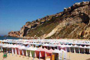 Nazaré, un destino ideal para estas vacaciones - barracas_2-700x466-300x200