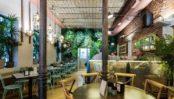 Patios encantadores para comer o cenar - Patio-del-Fisgón-Chamberi-300x170