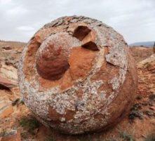 Torysh: el Valle de las Esferas - el-valle-de-las-rocas-redondas-en-kazajstan-600x400-300x273
