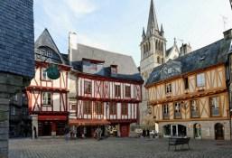 Vannes, joya vetona del Morbihan - Vannes2-300x205