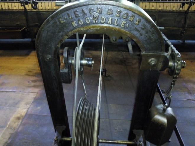 La Fábrica de Lana - Chapa de identificación de la hiladora