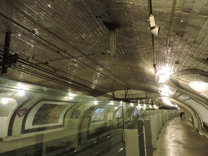Estación Fantasma de Chamberí - Cerámica en el intradós