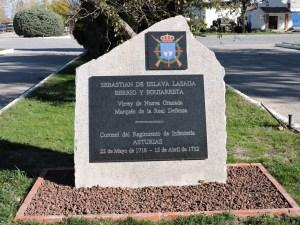 Museo de Carros de Combate - Placa en homenaje a Juan Eslava Lazaga, Coronel del Regimiento Asturias
