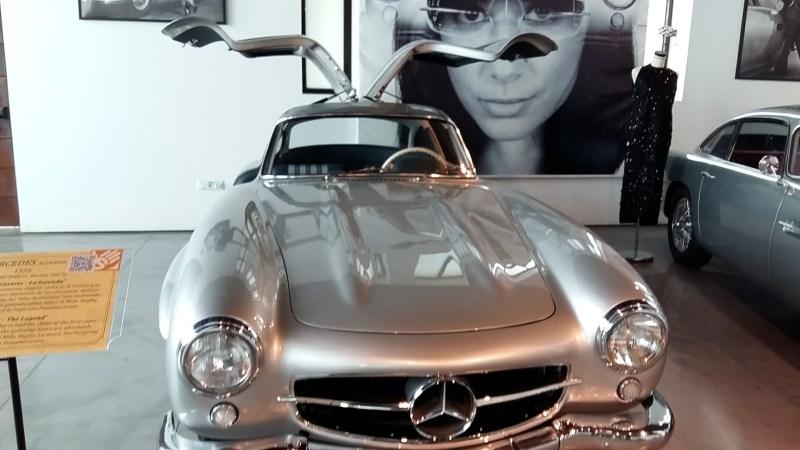 "Museo Automovilístico - Mercedes-Benz 300 SL ""Alas de Gaviota"" (Alemania - 1956)"
