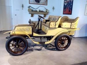 Museo Automovilístico - De Dion-Bouton (Francia 1904)