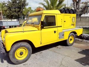 Museo de la Aviación - Follow - me Land Rover