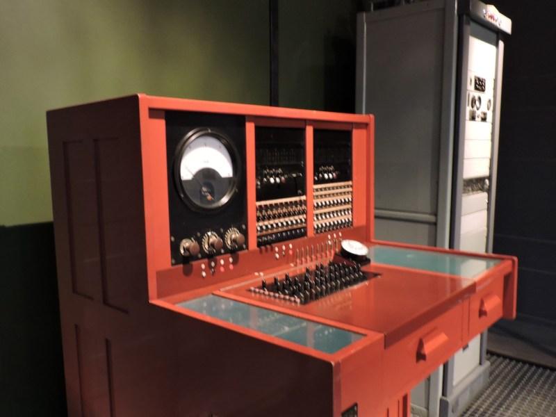 Museo de las Telecomunicaciones - Mesa de pruebas, que se ubicaba en las centrales para diagnosticar incidencias del servicio