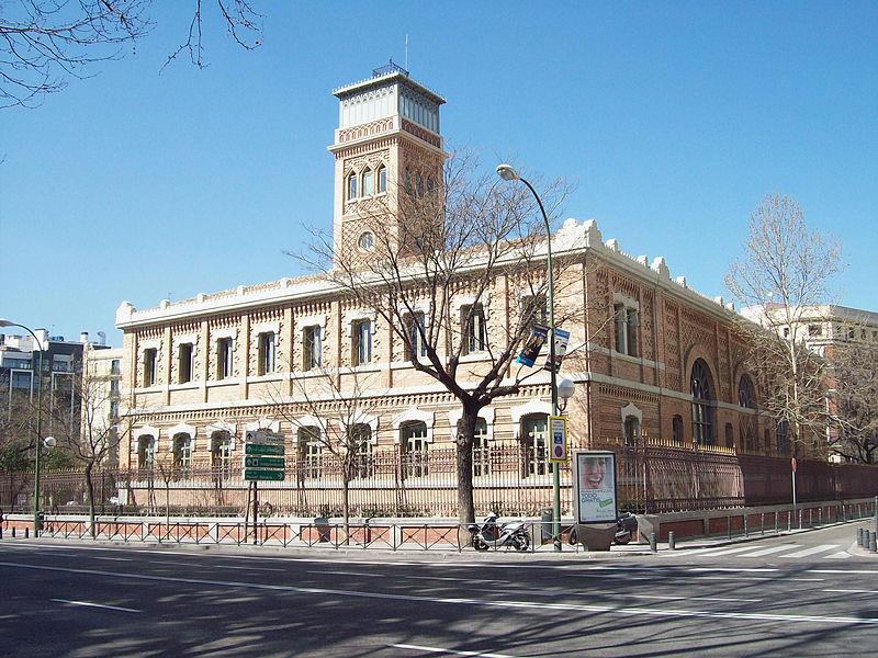 Museo de la Homeopatía - Edificio de las Escuelas Aguirre (hoy Casa Árabe), obra de Rodríguez Ayuso (11).