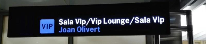 El Vuelo de Juan Olivert - Sala VIP del Aeropuerto de Valencia, dedicada a Juan Olivert.