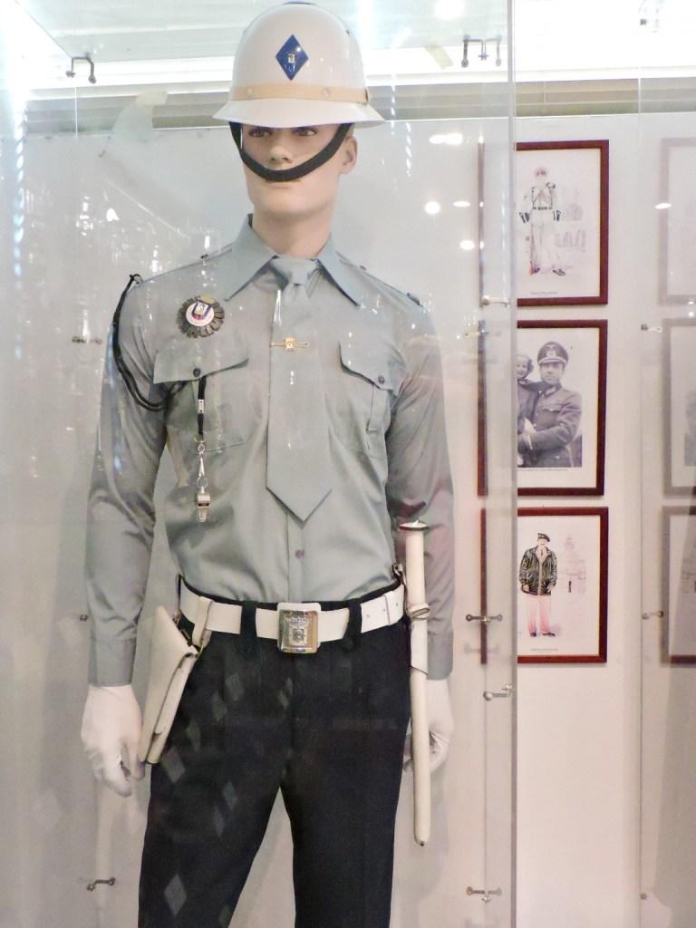 Colección de la Policía de Boadilla - Uniforme de la Policía Municipal de Madrid.