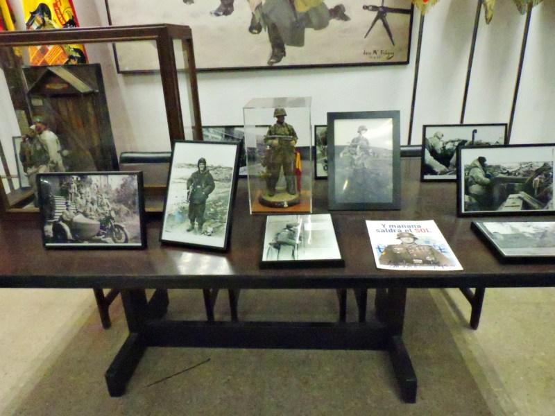 Museo División Azul - Diversas fotografías de divisionarios.
