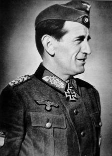 Museo División Azul - Agustín Muñoz Grandes, primer jefe de la División Azul (10).