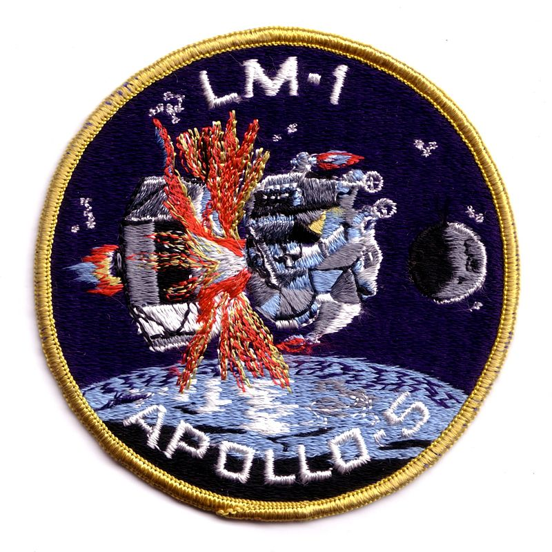 Museo Lunar - El Apolo V incluyó la primera prueba del módulo lunar (3).