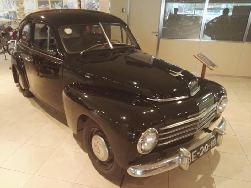 Museo Sala Team - Volvo PV-444, fabricado a principios de 1950.