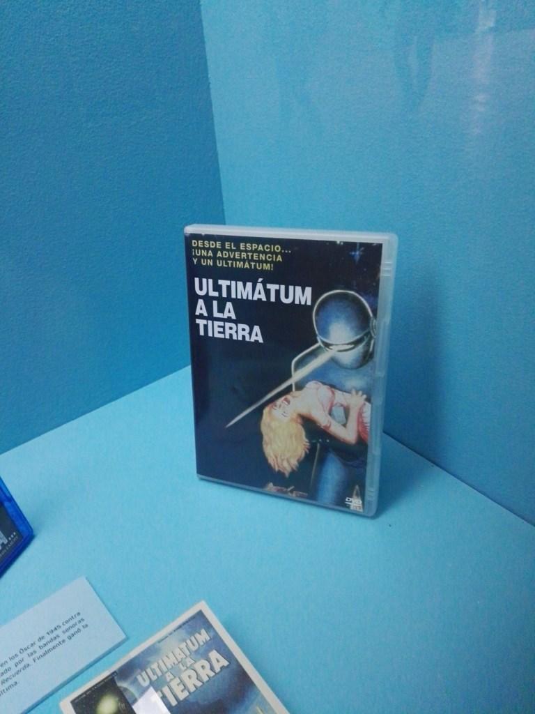 Exposición Theremin - Ultimátum a la Tierra, en la que se utilizó el theremín para crear ambiente de misterio.