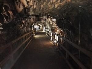 La Montaña de Sal - Pasarela dentro de la mina.