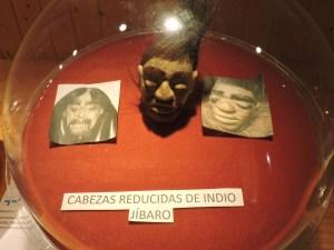 El Carromato de Max - Cabeza de los indios jíbaros.