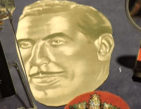 El Carromato de Max - Juan Elegido, más conocido como Profesor Max.
