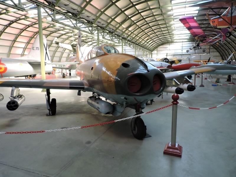 """Museo del Aire - Hispano-Aviación HA-220 """"Super Saeta"""". Ejemplar fabricado en 1972, estuvo en servicio en el ejército hasta 1981."""