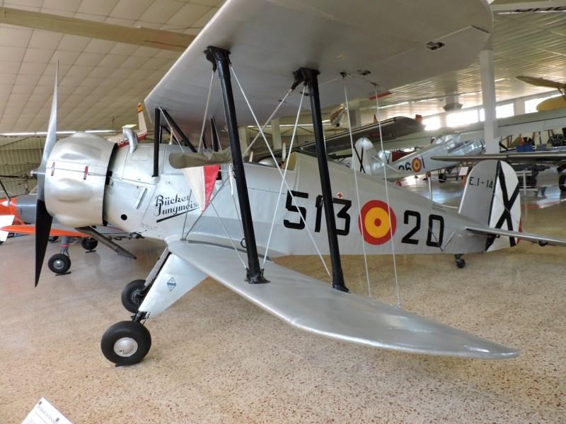"""Museo del Aire - Avioneta de turismo y escuela Caudron C.272 """"Luciole"""". Fue utilizado por la aviación republicana durante la Guerra Civil."""