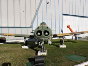 """Museo del Aire - CASA HA-220 """"SuperSaeta"""". Versión mejorada del HA-200, fabricada en los años 70, una vez que CASA integró a Hispano Aviación."""