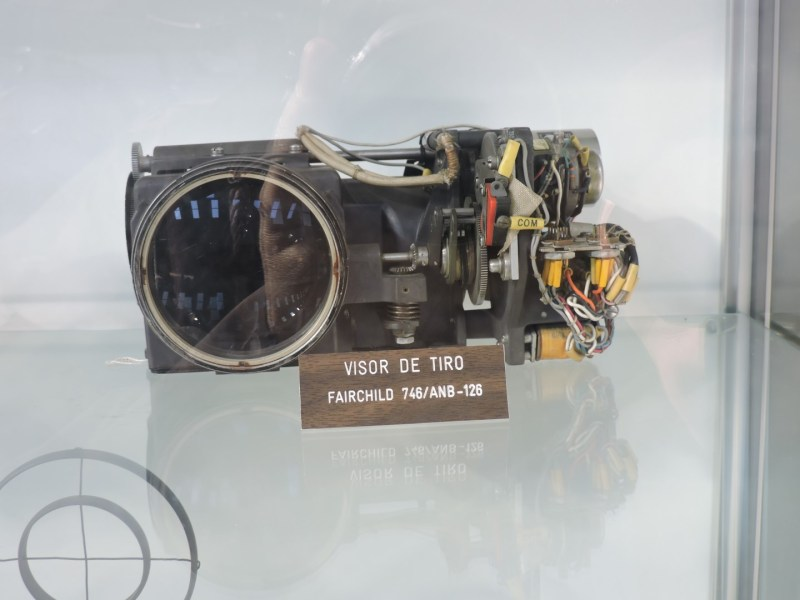 Museo del Aire - Visor de tiro (bueno, esto no es exactamente un equipo de navegación :-) )