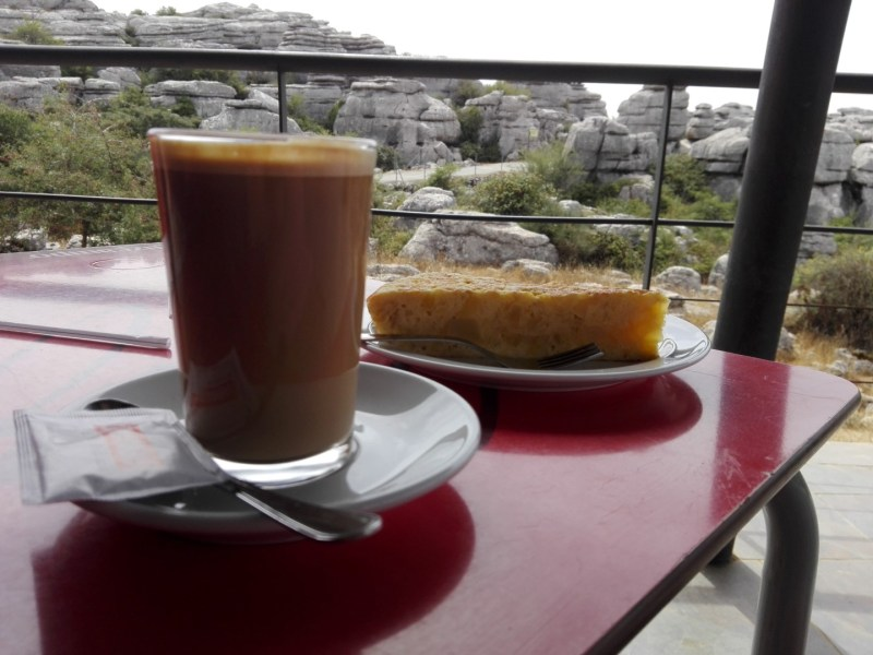 El Torcal de Antequera - Cafeterías con vistas al Torcal.